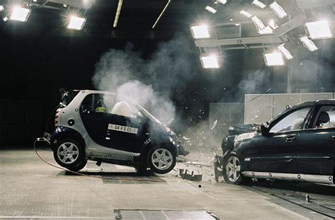 test crash siege auto car crash car crash test smart