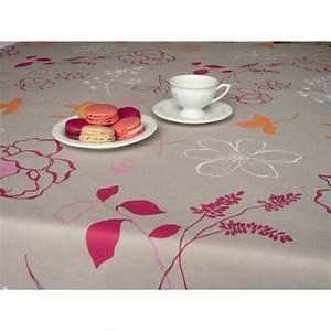 Table Ronde Ou Rectangulaire : nappe enduite framboise nappe carree ronde ou rectangulaire ~ Melissatoandfro.com Idées de Décoration