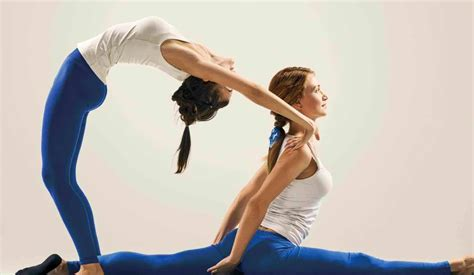 Why You Should Try Acroyoga With Your Man