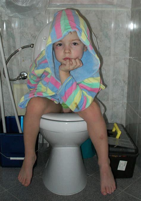 Мыслитель Дети на горшках Общий фотоальбом на 7я ру