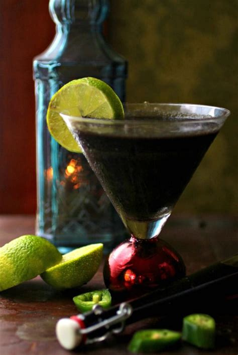 Because butterscotch already contains sugar, flavor this beverage carefully. Black Colored Cocktail - Crazy Black Magic | Lowcarb-ology