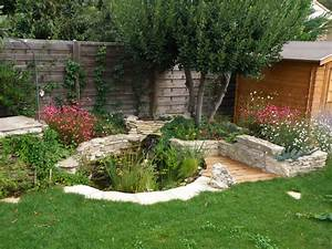 construction d39un bassin de jardin youtube With galet de decoration exterieur