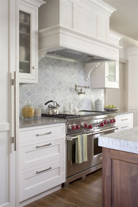 10 Kitchen Glass Tile Backsplash Pictures