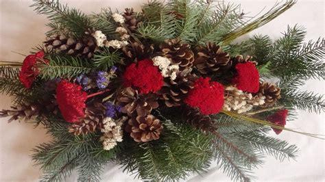 weihnachtsgestecke selber machen anleitungen grabstrau 223 selber machen der doppelte grabstrau 223 deko ideen mit flora shop