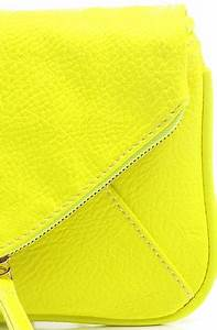 Accessories Boutique Clutch Pop Art in Neon Yellow