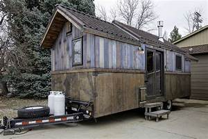 Tiny House Mobil : this tiny house boasts luxury features and eclectic decor choices curbed ~ Orissabook.com Haus und Dekorationen
