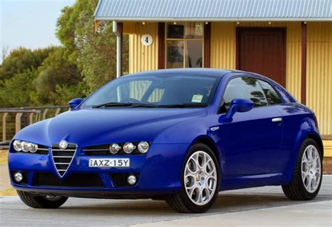 Alfa Romeo Brera Review & Ratings