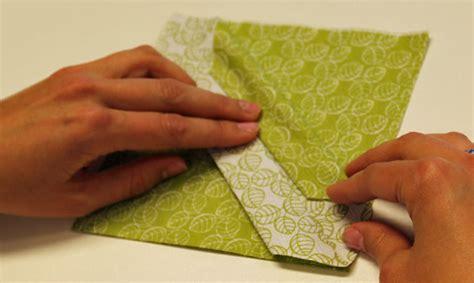 papierservietten falten bestecktasche servietten falten bestecktasche dreieck g 252 nstige k 252 che mit e ger 228 ten