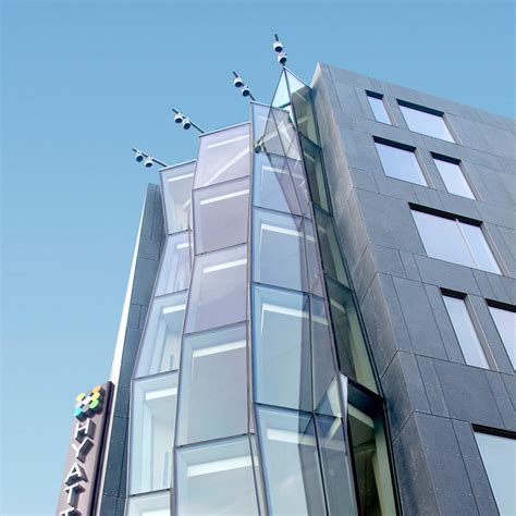 curtain wall systems structural glass feature walls