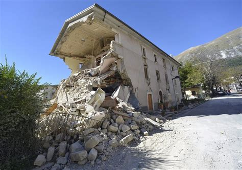 central italy earthquakes cost  estimated