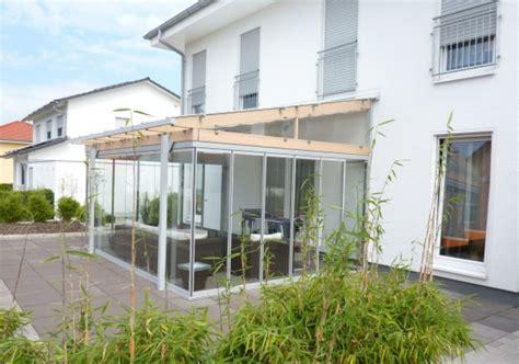 Einfamilienhaus Zweistoeckiger Wintergarten Mit Glasdecke by Cabrio Veranda 174 In Holz Aluminium Konstruktion