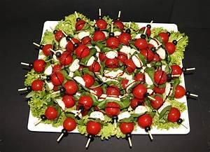 Tomate Mozzarella Spieße : catering seite 3 metzgerei gillessen ~ Lizthompson.info Haus und Dekorationen