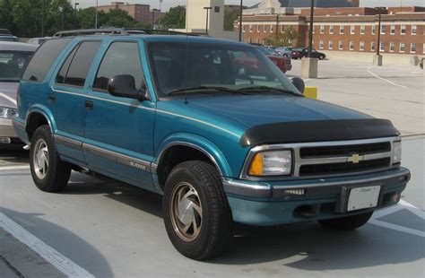 best car repair manuals 1993 gmc jimmy electronic valve timing chevrolet blazer the latest news and reviews with the best chevrolet blazer photos