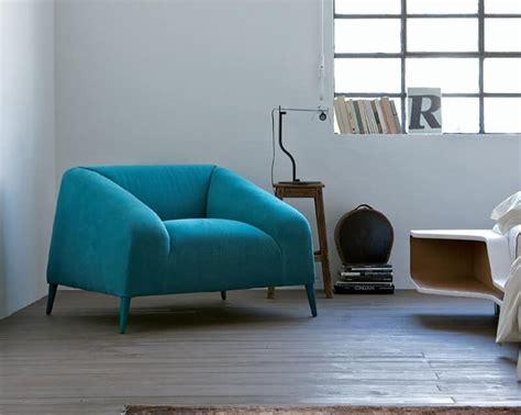Poltrone Comode, Rivestimento In Tessuto, Colori Moderni