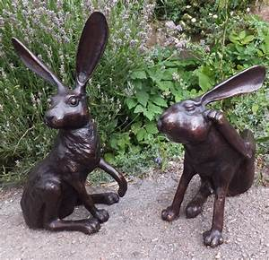 Bronze Hare Statue - Scratching Antique Garden Items and