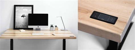 bureau ajustable travaillez debout et assis grâce à ces bureaux ajustables