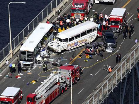 Duck Boat Accident Seattle by Seattle Ride The Ducks Death Toll Rises To 5 Philly