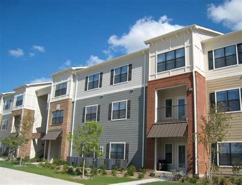 Trending Exterior Apartment Building Colors 2015