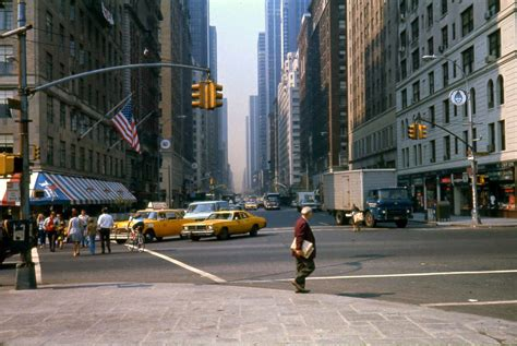 vintage everyday: 50 Amazing Color Photographs of Street