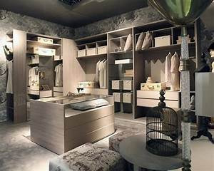 Begehbarer Kleiderschrank Design : design ankleidezimmer kundengerecht idfdesign ~ Frokenaadalensverden.com Haus und Dekorationen