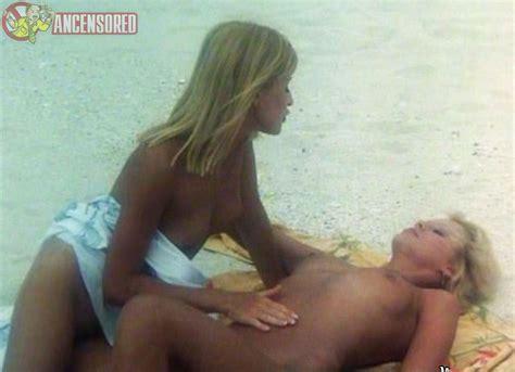 Naked Bea Fiedler In Die Insel Der Tausend Freuden