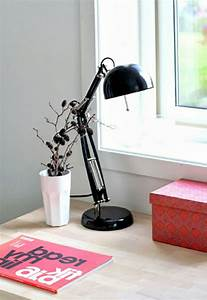 Lampe De Bureau Noire : la lampe de bureau ikea est le bijou de votre bureau ~ Teatrodelosmanantiales.com Idées de Décoration