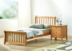 Simple Single Bed Room Ideas Photo by Wooden Single Bed