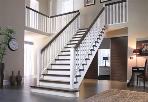 escalier bois blanc et gris changement dans le d entr 233 e et couloir