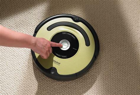 irobot roomba  vacuum cleaner   hard work
