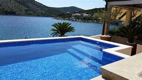 Haus In Kroatien Mieten Am Meer Mit Hund by Kroatien Ferienwohnungen Direkt Am Meer Mit Pool