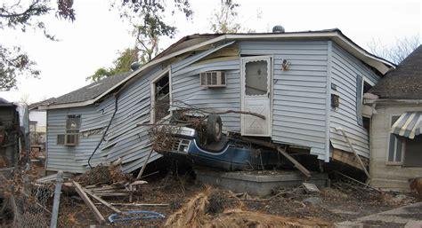 Boat Radio New Orleans by Oregon Author Writes Hurricane Novel Jefferson
