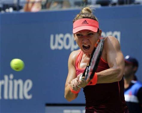 Simona Halep interviewed by Justine Henin at Roland Garros - YouTube