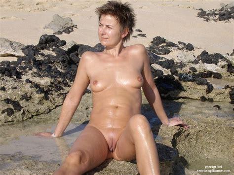 nackt rasierte damen