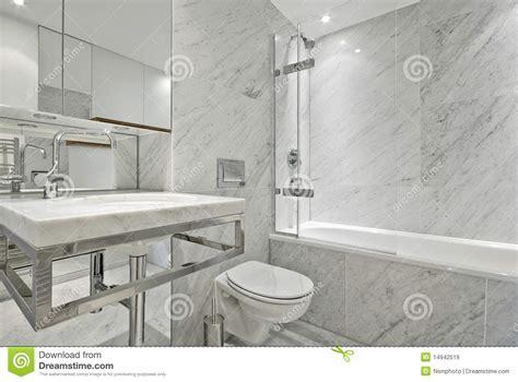 faience marbre salle de bain moderne engelse reeks marmeren badkamers in wit royalty vrije stock afbeeldingen afbeelding