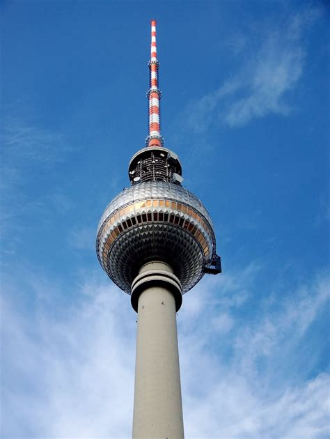 Fernsehturm Berlin by 28 Pictures And Photos Of The Fernsehturm
