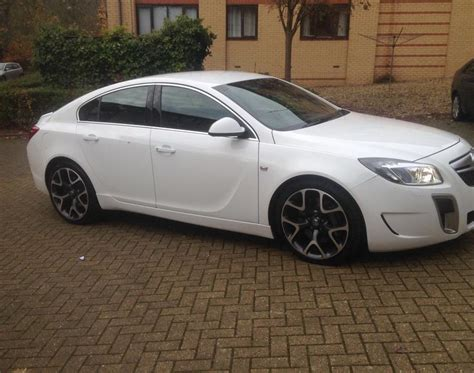 vauxhall insignia white 2010 vauxhall insignia vxr turbo white walsall dudley