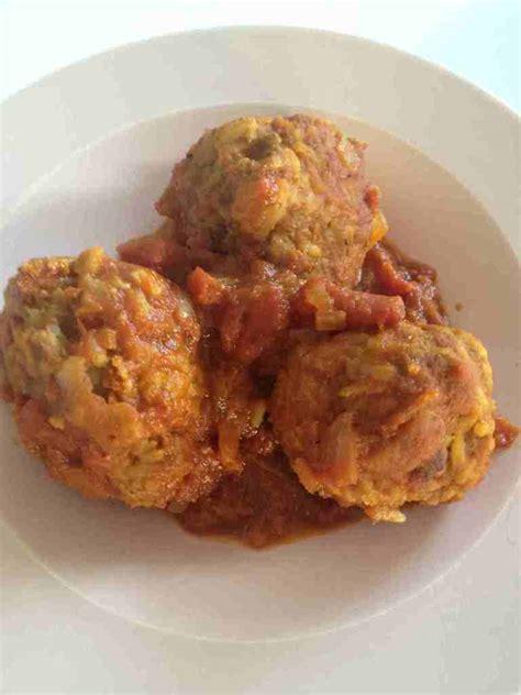 boulettes de bœuf riz et sauce tomate et sa cuisine gourmande et l 233 g 232 re