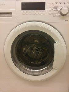 Waschmaschine Riecht Muffig : pflege der waschmaschine das ist zu beachten ~ Frokenaadalensverden.com Haus und Dekorationen