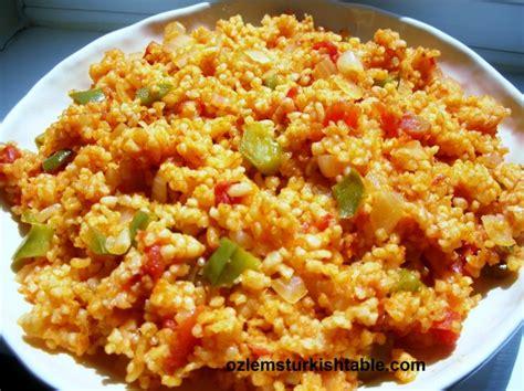 cuisine turque bulgur wheat pilaf with vegetables sebzeli bulgur pilavi ozlem 39 s table