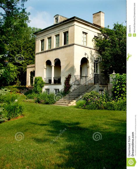 country villa royalty free stock images image 2684579