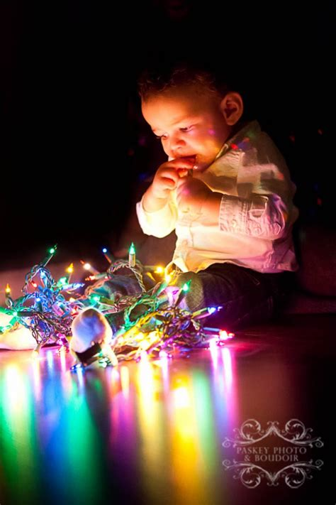 baby with christmas lights paskey photo boudoir pinpoint