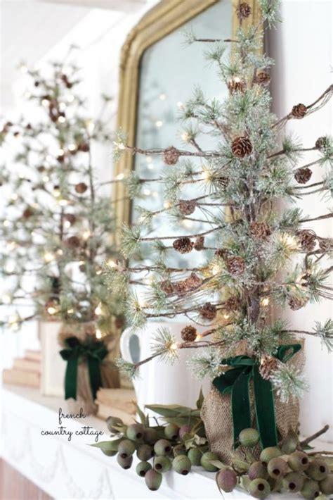 ways    pine cone tree   home decor