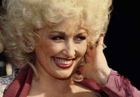 dolly parton when she was happy birthday 16 photos of the incomparable dolly parton on her 70th birthday kmit 105 9 fm