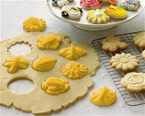 garden cookie cutters baking bites