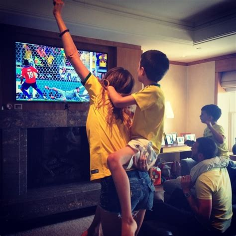 Tom Brady Instagram Resume by Tom Brady And Gisele Celebrate Brazil Win In The World Cup Patriots Gab