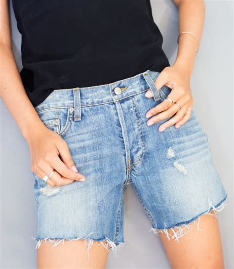 How To Cut Jeans Into Shorts, Diy Denim Shorts Instylecom