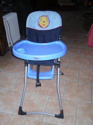 rehausseur de chaise winnie l ourson chaise haute winnie l ourson de lesptitbambins