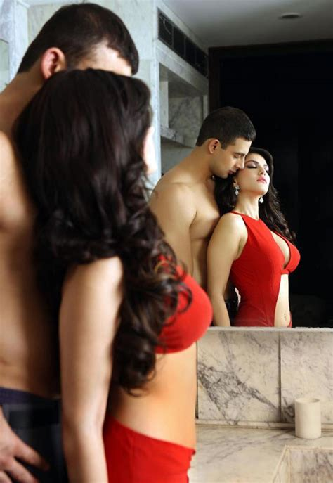 Sexiest Hollywood Actresses Very Hot Pictures Sunny Leone Latest Pictures