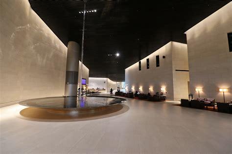 Review: Qatar Airways Al Safwa First Class Lounge ...