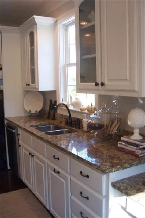 what color countertops with white cabinets what colour countertops on white kitchen cabinets pip